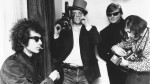307 Pennebaker in top hat shooting Bob Dylan press conference in DONT LOOK BACK